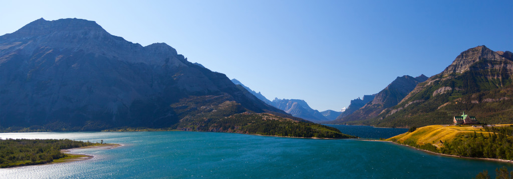 Waterton-Hotels-Waterton-Lake-and-Prince-of-Wales-Alberta-Canada2