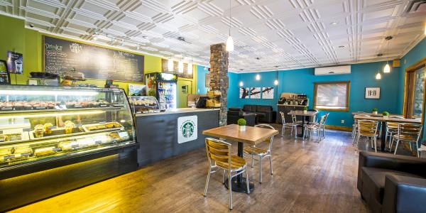 Starbucks-Bistro-Waterton-Lakes-National-Park-Alberta-Canada1-600x300