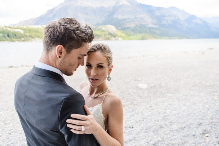 waterton-wedding-lakefront-outdoor-love
